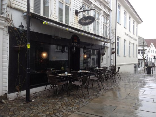 Cafe Bacchus: A rainy day at Bacchus
