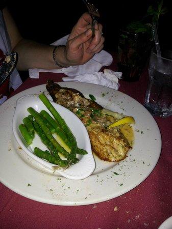 Estrella Steak, Lobster & Seafood House: red fish