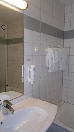 Scandic Sjolyst : Bathroom with underfloor heating