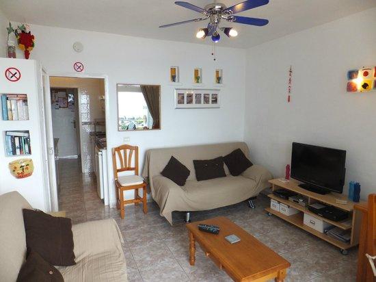 Las Vistas: lounge / living extra sleeping area