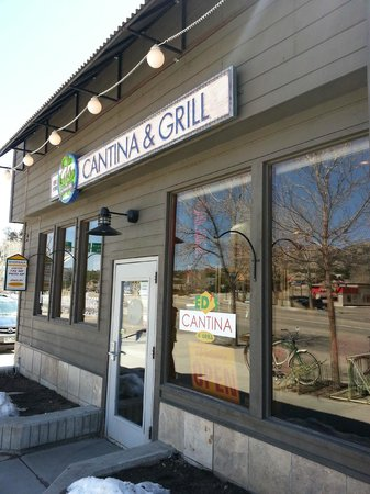 Ed's Cantina & Grill: Entrance