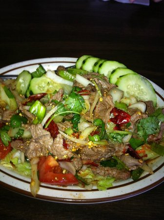 Cook's Cuisine: Steak salad