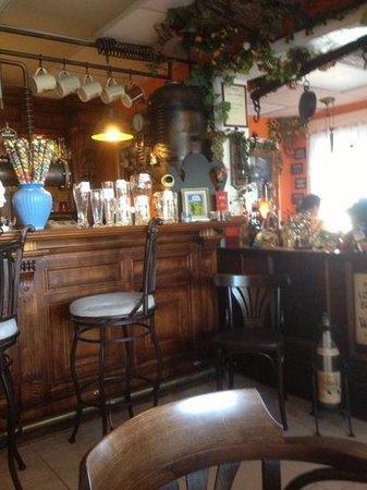 Black Forest Cottage: Great German restaurant