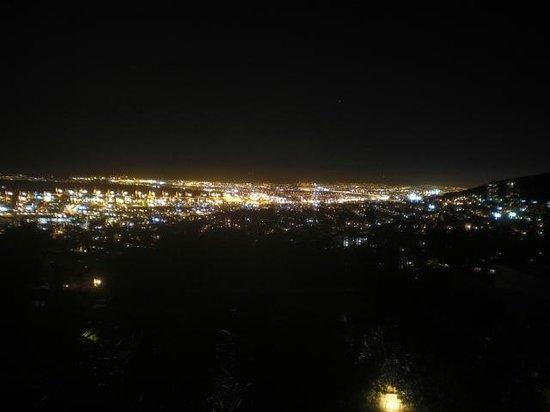 Blue Sky B&B: Aussicht vom Zimmer bei Nacht