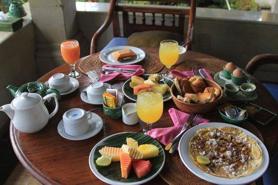 Alam Jiwa: Breakfast served in the balcony