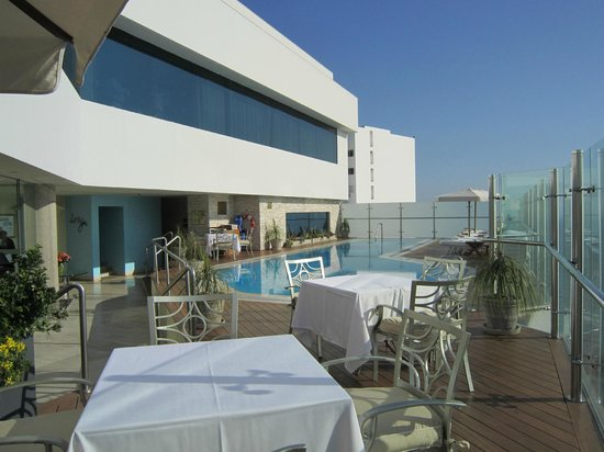 Miraflores Suites in Lima Peru: Rooftop pool