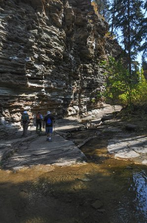 "Spearfish Canyon: The ""Trail"" to Devil's Bathtub"