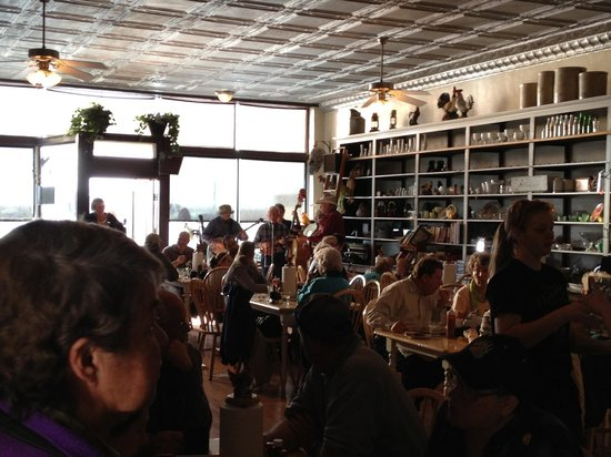 Molt, MT : Bluegrass in Prarie Winds Cafe