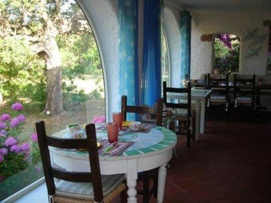 B&B Casa Anna : breakfast living room on garden
