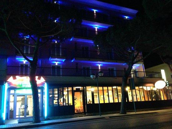 Foto Hotel storione di notturno
