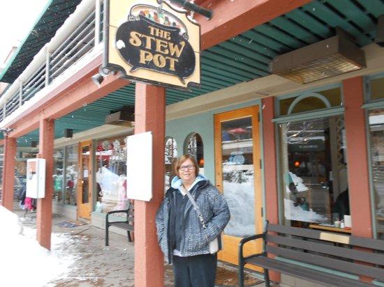 The Stew Pot : Lynne