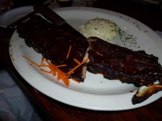 Johnny Leverock's Seafood House: back ribs
