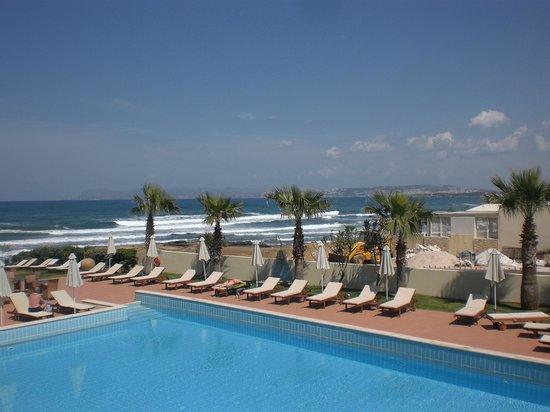 Santa Marina Plaza: Zwembad (aan zee)