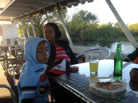 Zimbabwe: sunset cruise on the Zambezi river