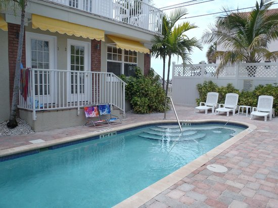 Coconut Inn : Pool