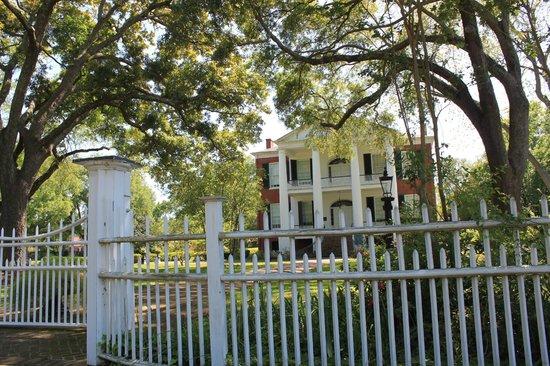 Natchez, MS: Front entrance of Rosalie