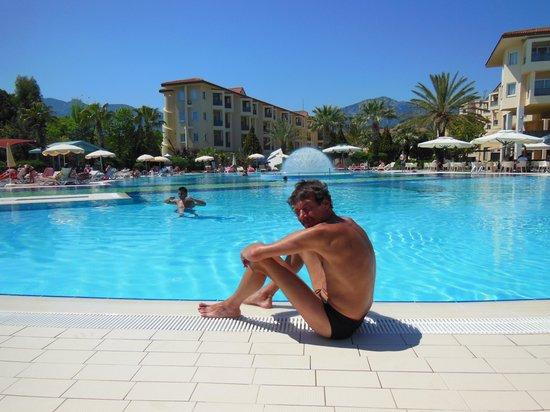 Le Jardin Resort: hotel en zwembad