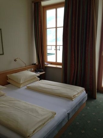 Grand Hotel Zell am See: hotel room 712