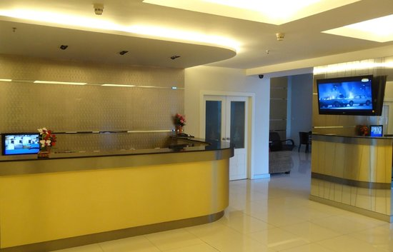 Patong Tower Holiday Rentals: Reception