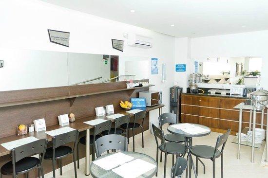 Hotel Poblado Boutique Express: Comedor