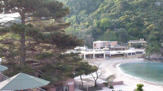 Apollon Hotel: view to left