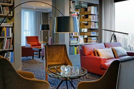 Waldorf Astoria Berlin: Library auf der 15. Etage