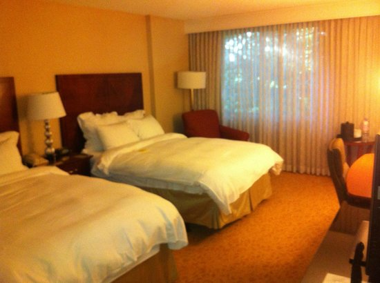 San Ramon Marriott: Guest room