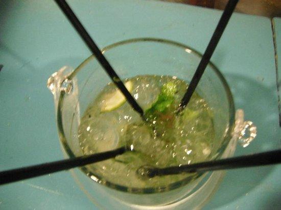 Deko Beach Bar: cool off with an awesome mojito