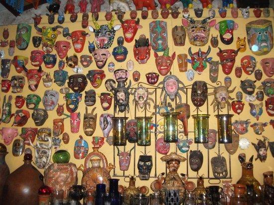 Casa de Las Flores: These masks don't hide anything