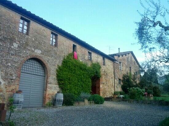 Agriturismo Marciano: view from the front ward