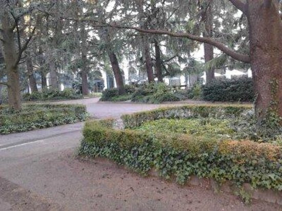 Centro Paolo VI: giardino