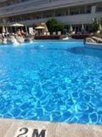 Hotel H10 Big Sur: fab pool
