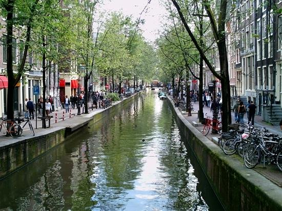 Randy Roy's Redlight Tours : Canal in the RLD.