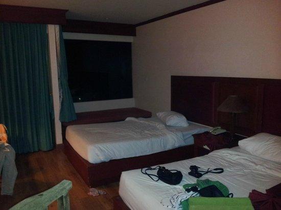 Baumanburi Hotel: rum