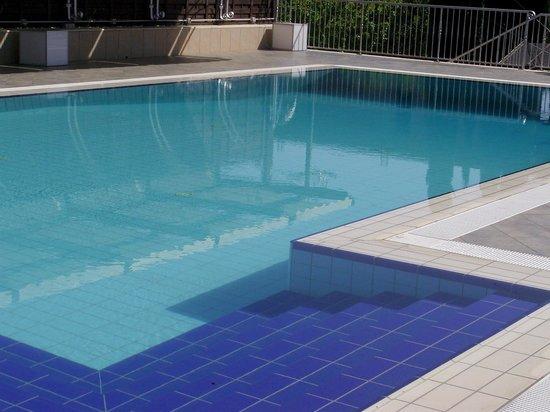 Eboli, Italië: Il Bue rosso piscina