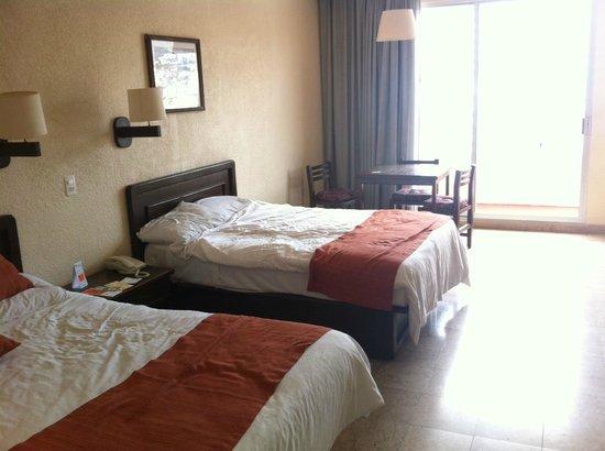 Hotel Amarea Acapulco: Double Bedroom