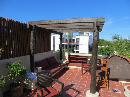 El Taj Oceanfront & Beachside Condos Hotel: Rooftop Cabana