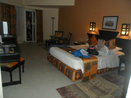 Royal Albatros Moderna Sharm el-Sheikh: Mum & dads room