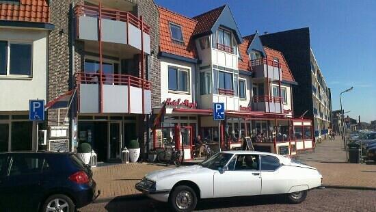 Hotel Meyer April 2013 in the sun