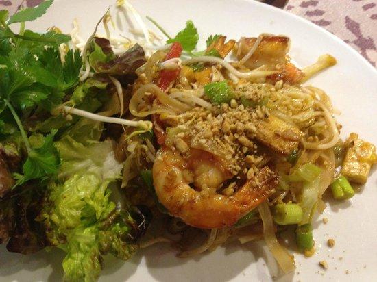 Thailandes Thai Restaurant: Mi rico plato con extra de langostinos
