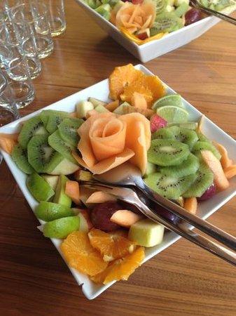 MOODs Boutique Hotel: fruit salad moods