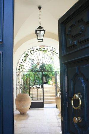 L'Orangerie - main entrance
