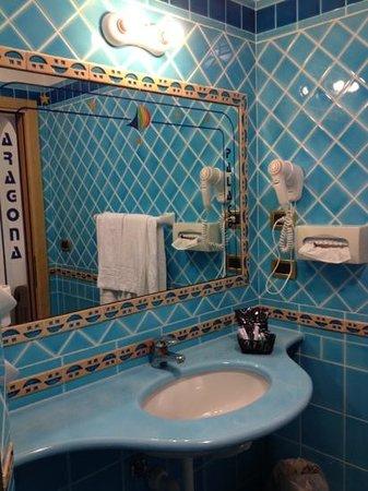 Aragona Palace Hotel: sala da bagno