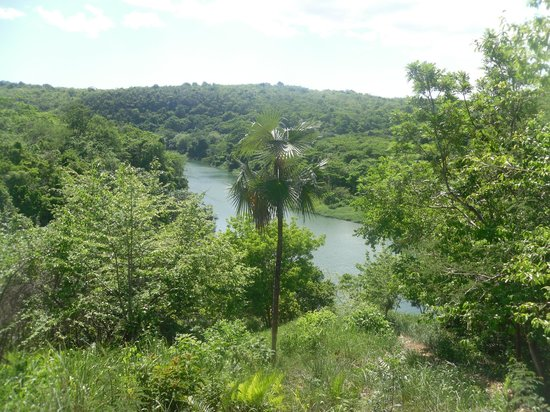 SeavisTours: een mooi zicht op de Chavon rivier