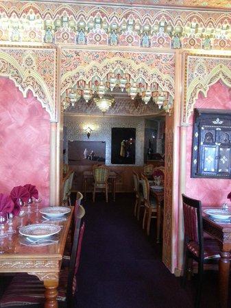 Al Mounia: salle 002