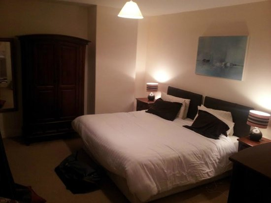 Foleys Guesthoues & Self-Catering Holiday Homes: chambre