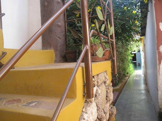 Casa de Mama Cusco 2-The Ecohouse: jardin interior