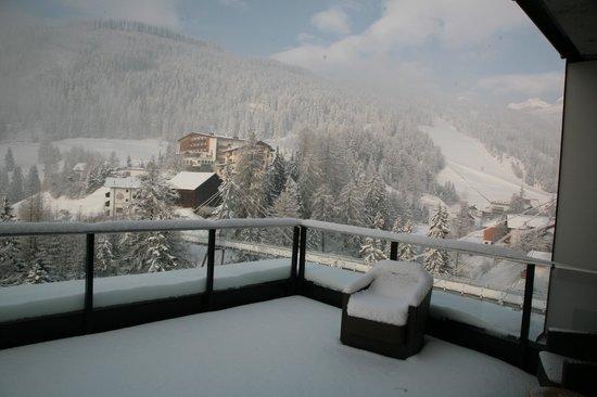 Alfa Hotel: Terrasse unser Eckzimmer