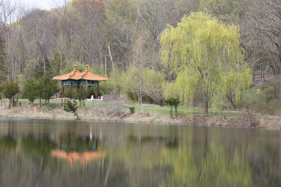 Chinese Pavilion at Lasdon Park, Somers