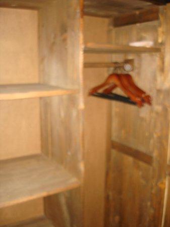 Transylvanian Inn: Wooden wardrobe